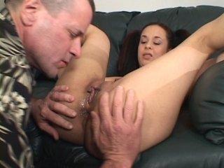 máma s velkými prsy sexu