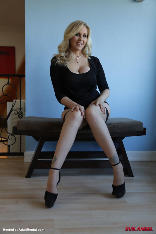 Julia Ann - set02